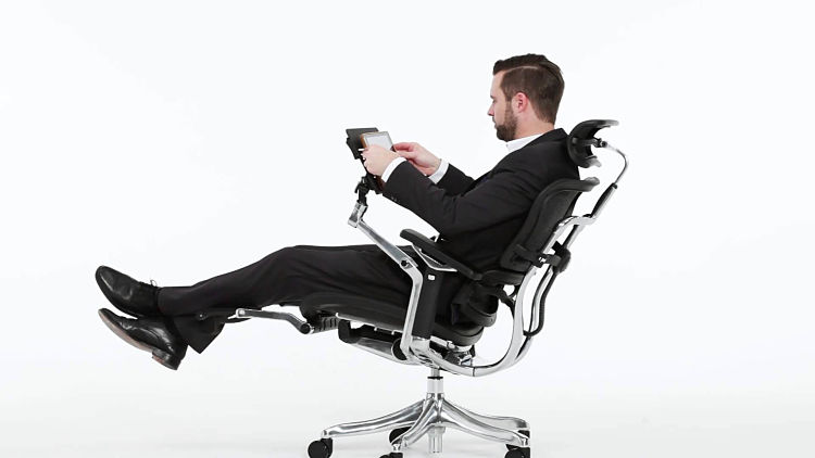 men-recline-in-office-chair